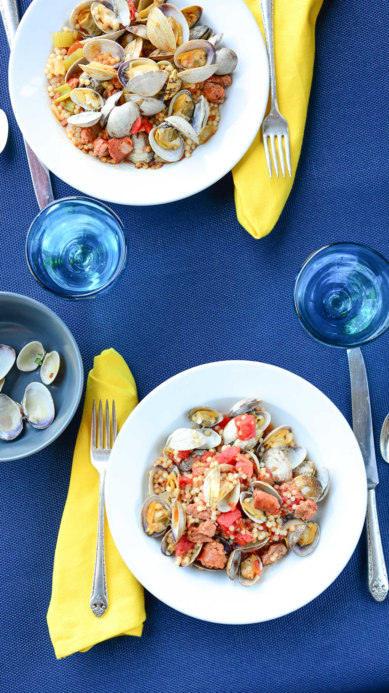 Weeknight Society | Spicy Chorizo Clams