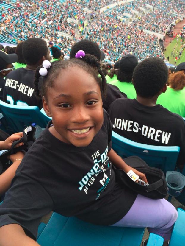 heart for children jax jacksonville jaguars girl.png