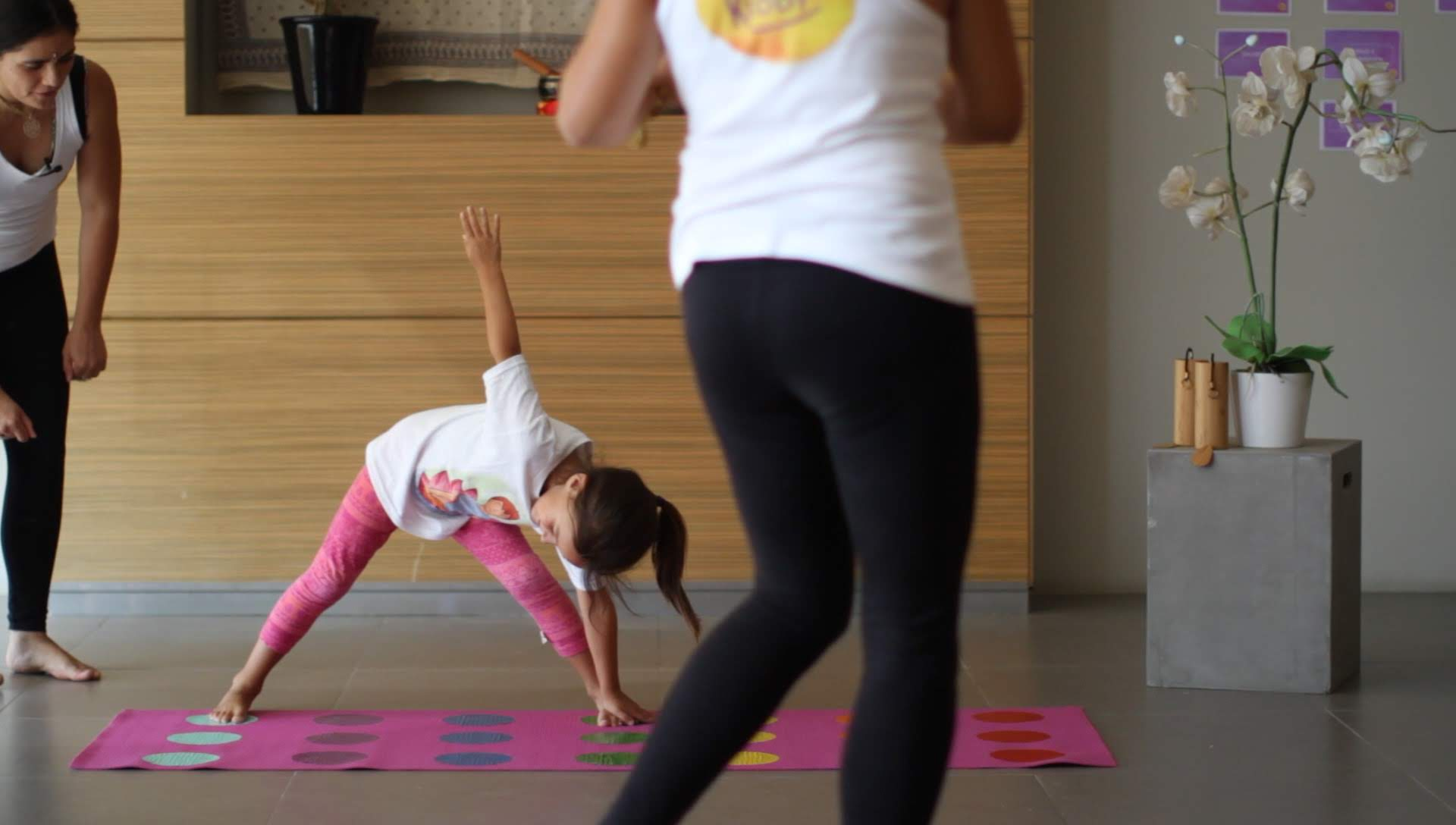 yogakiddy_yoga-ninos-kids-8386930.jpg