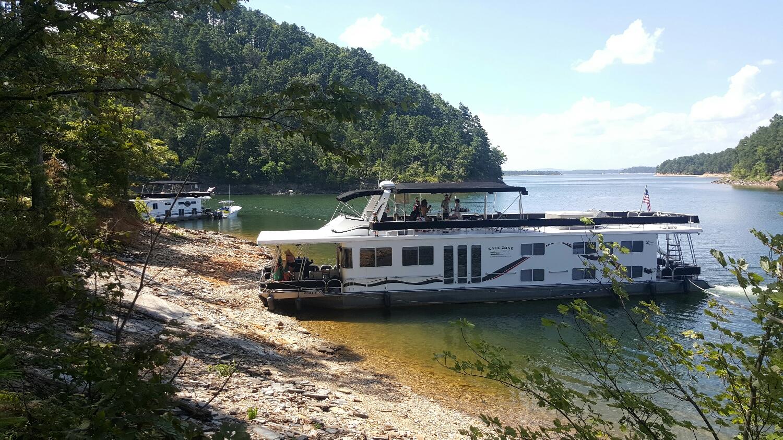 Great summer spot in Bear Creek!