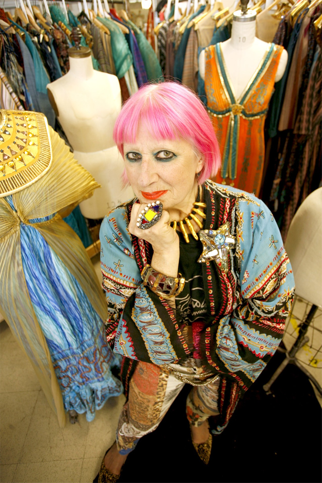 Zandra Rhodes with her costumes for Aida. (Photo by Kelly Nicolaisen)