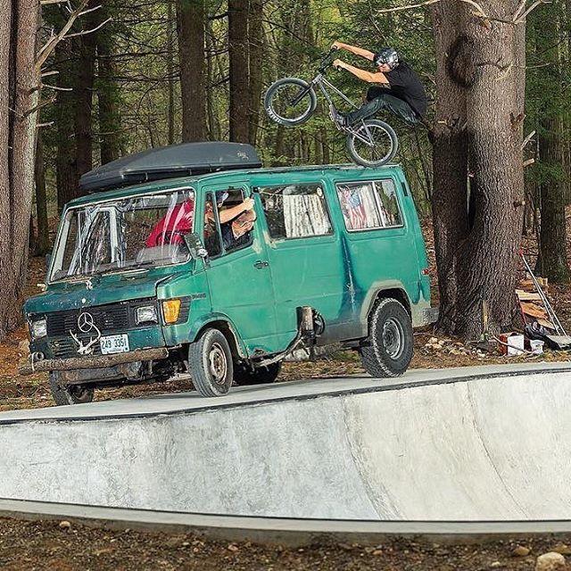 Clint @credence_bikes Reynolds/ Fufanu 📷@doleckivisuals  @sandmbmx #bmx #4down