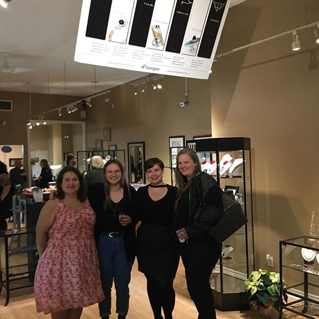 It was so great to see my jewellery family again last night! Our graduation show opened at its final stop. Our pieces are here until December 24th, so make sure you check it out!