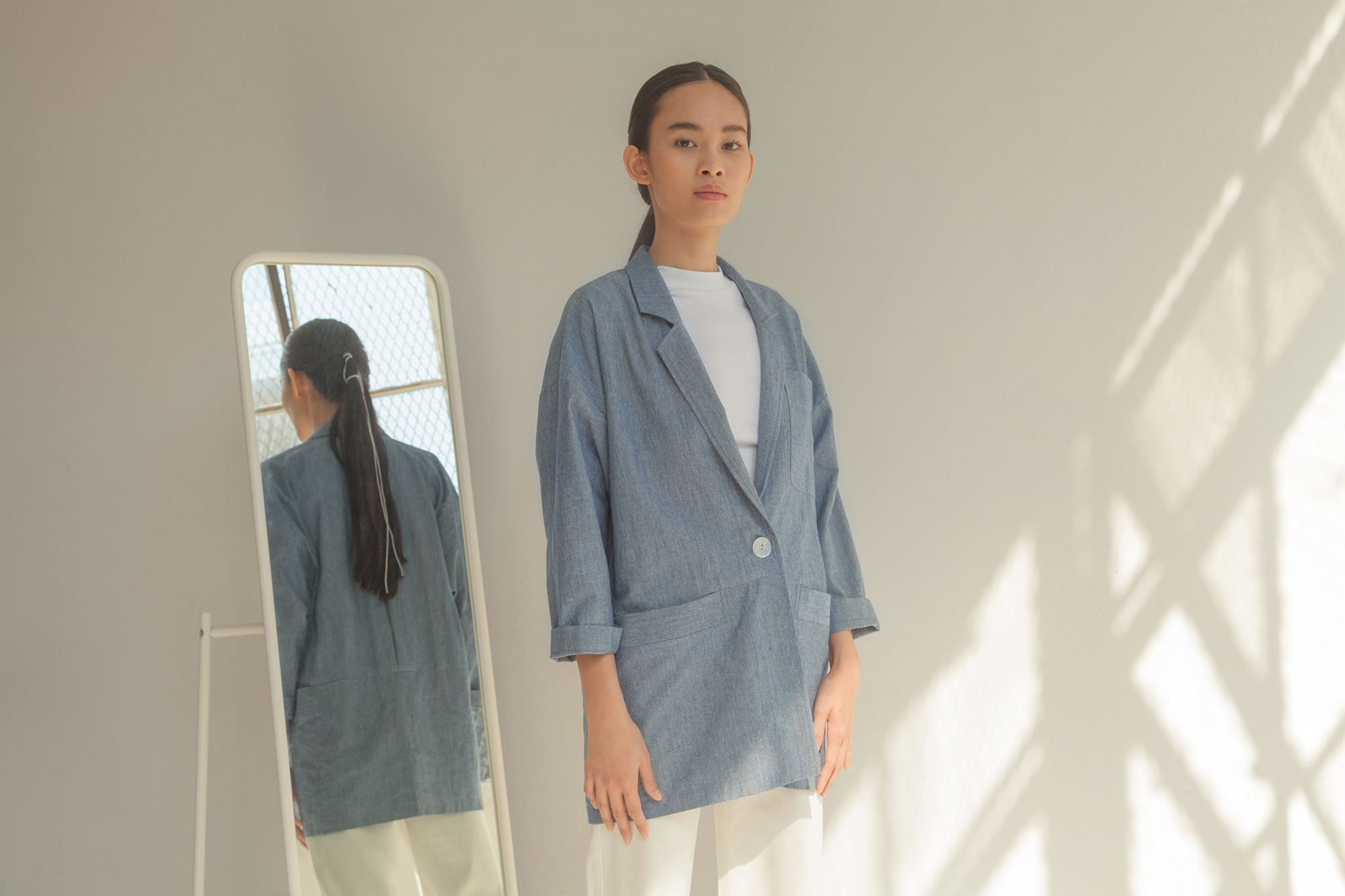 HouseDress_SS19_Lookbook_Look3_8501_Bluer.jpg