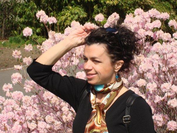 karen profile flowers.jpeg