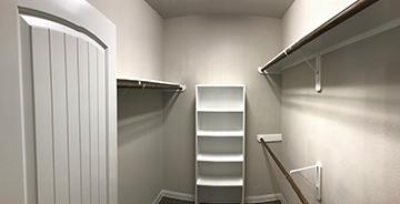 1651 interior5.jpg