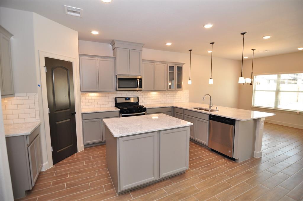 wyatt kitchen 1.jpeg