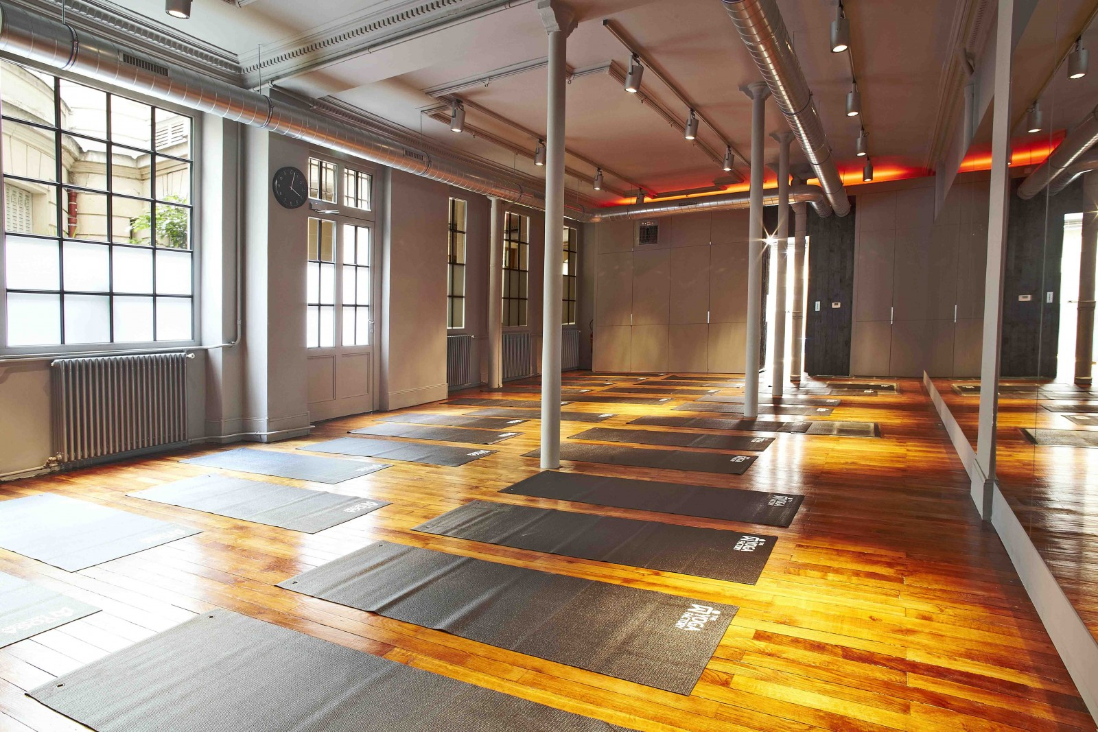 Paris' best yoga studios - hipparis.com, march 2016