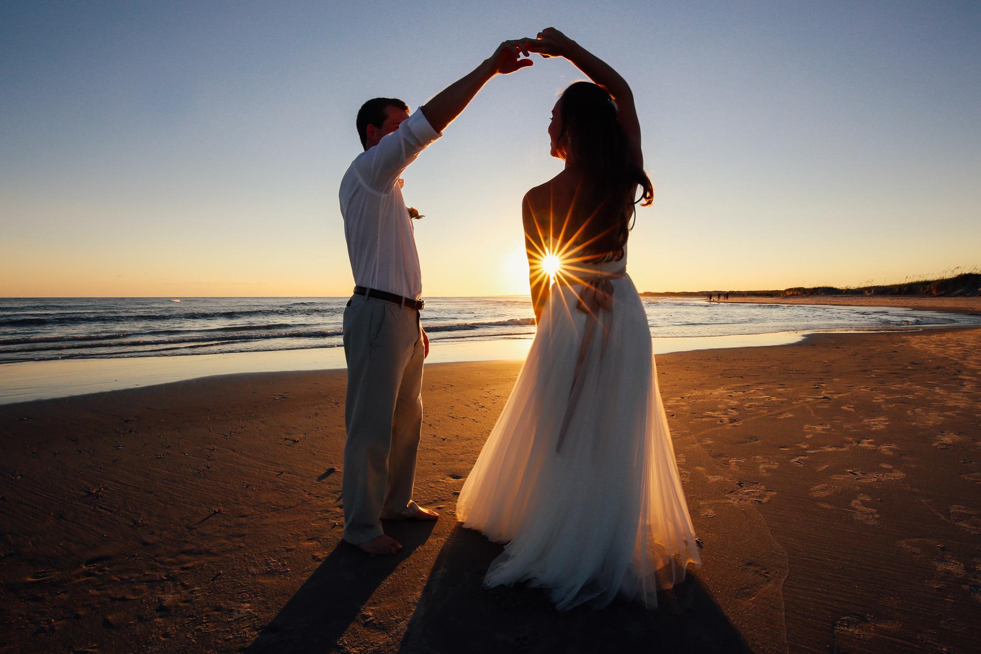 wedding-beachdance (1 of 1).jpg