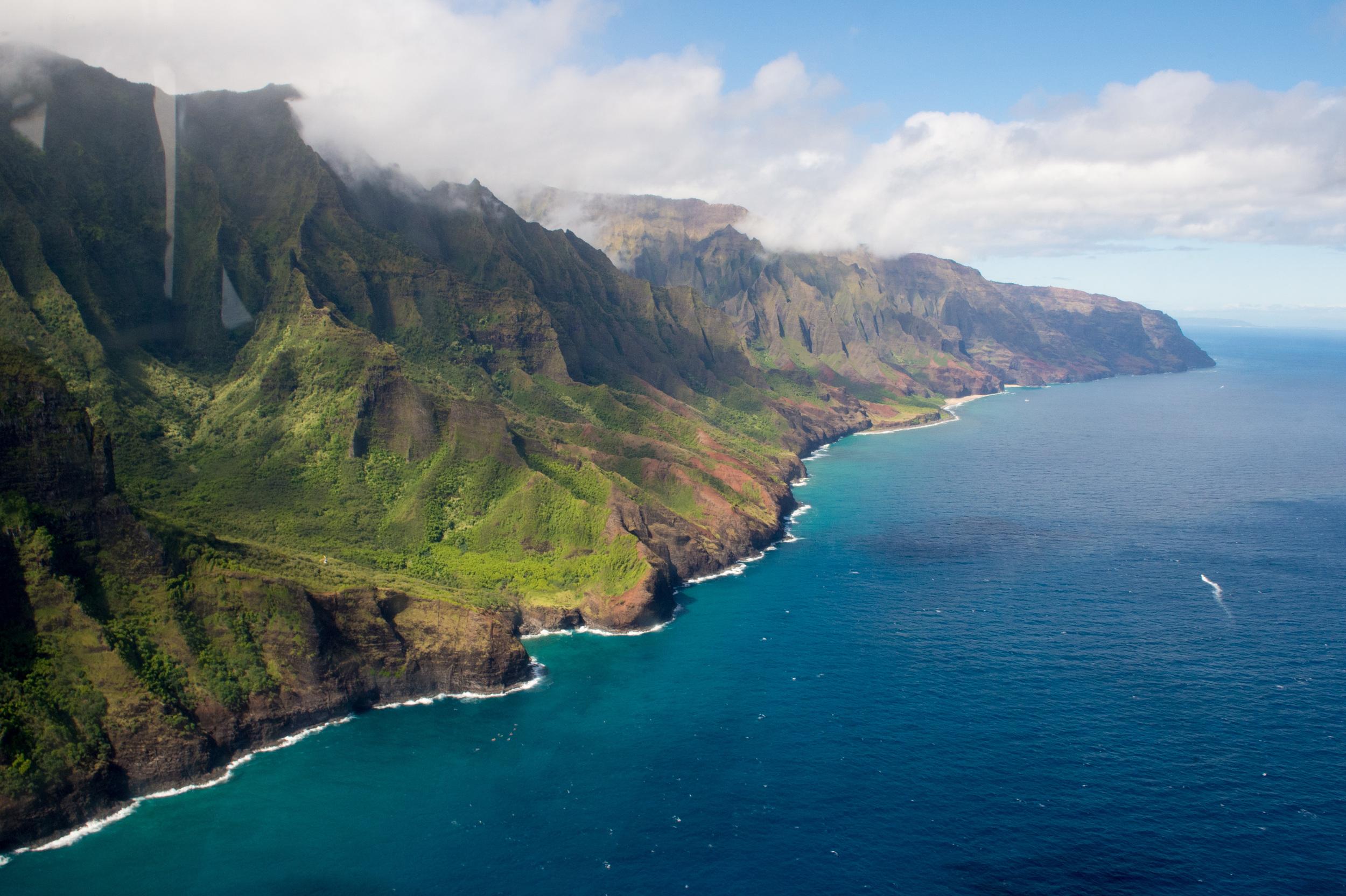 2014_06_HH_Hawaii happy-750.jpg