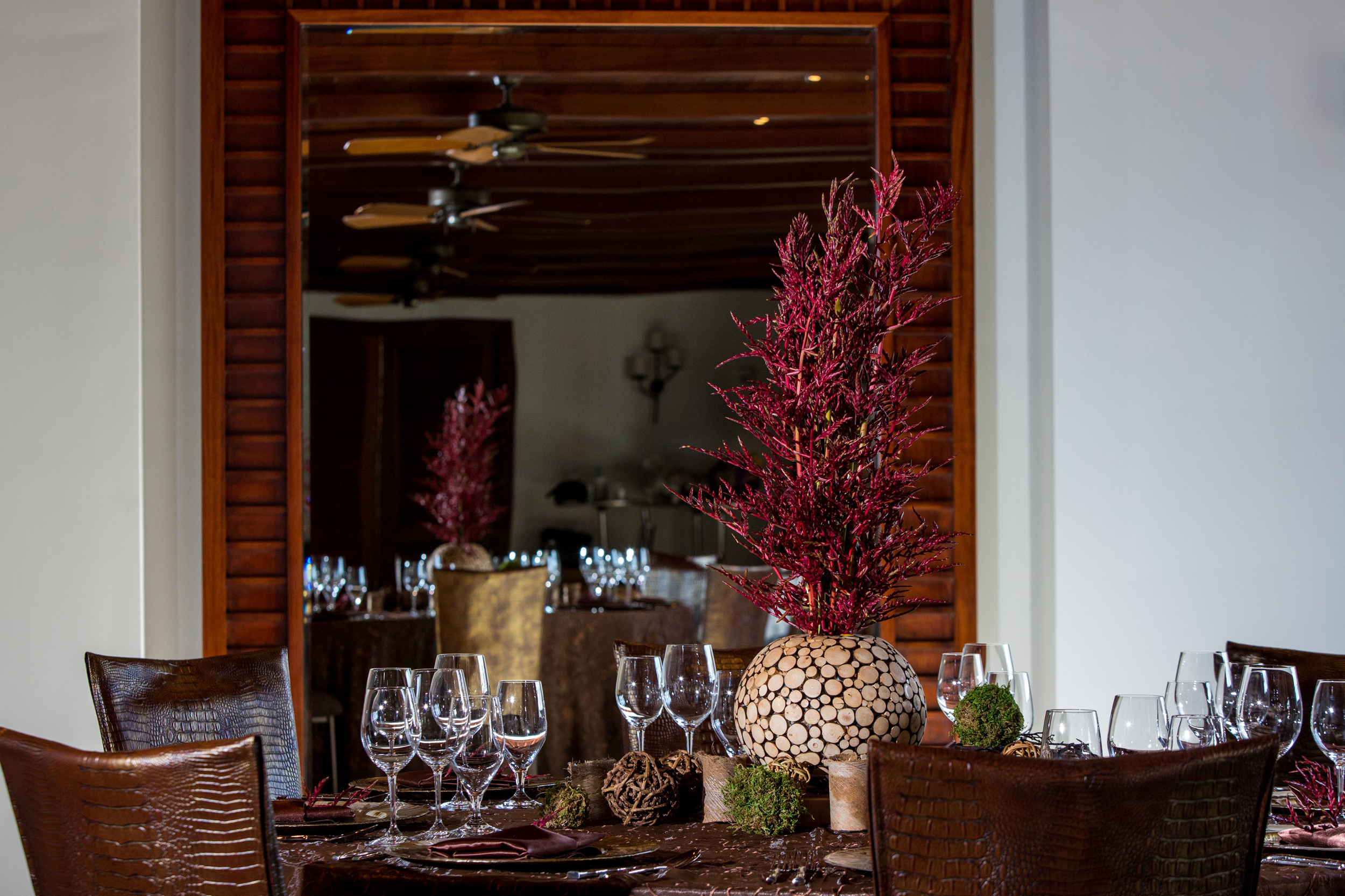 IEH-Table-Designs-at-the-Montage-Kapalua-0627.jpg