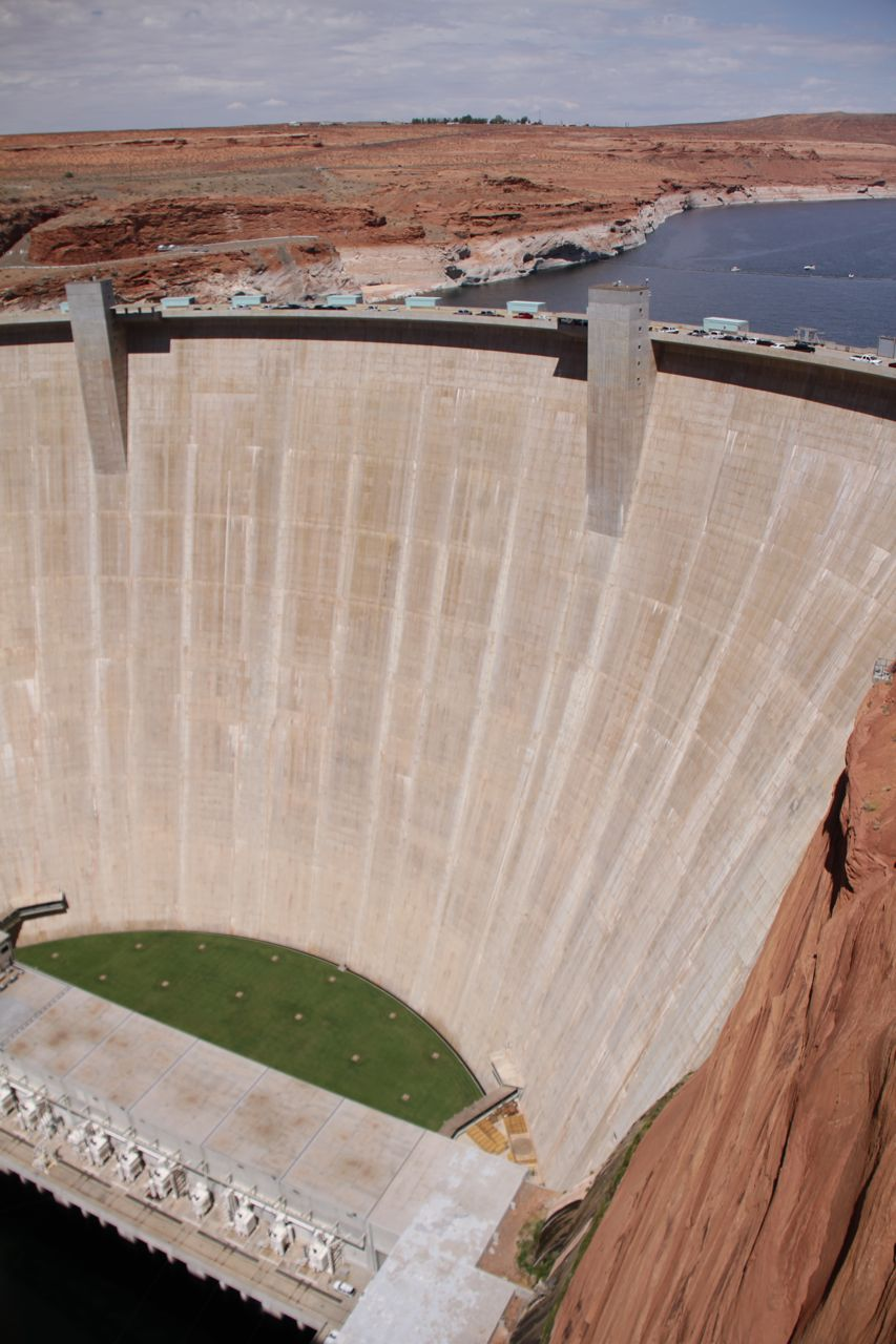 Glen Canyon Dam, behind which Lake Powell extends for miles