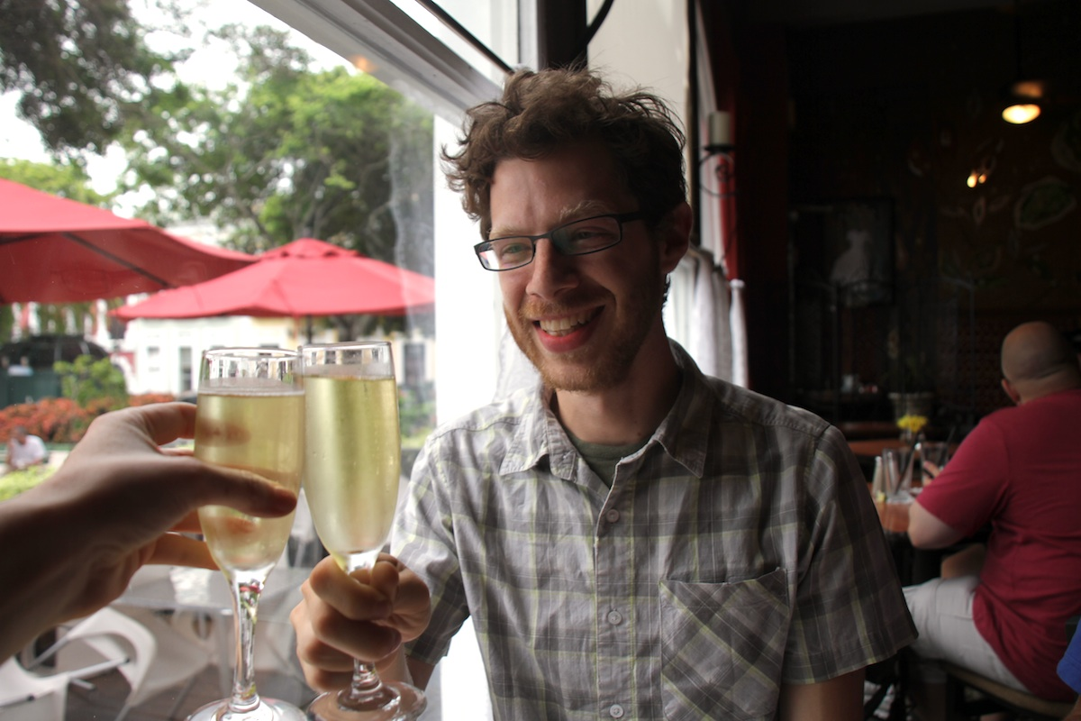 dtour-doubletree-cheers.jpg
