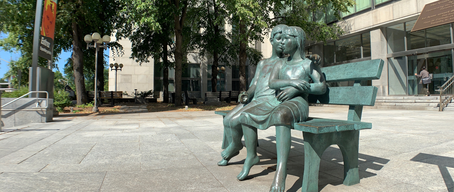 Have a seat with a statue: 45.41961, -75.70782