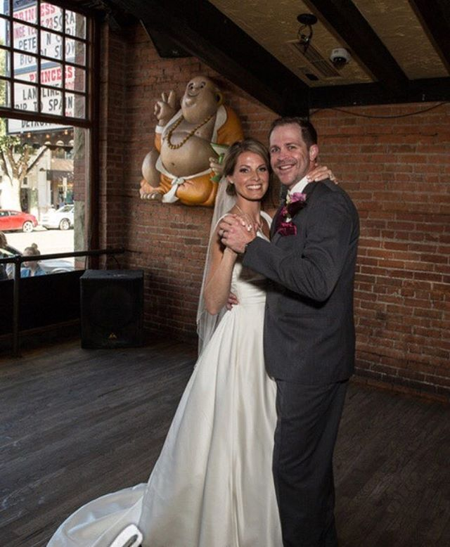 So many couples coming forward this Valentines Day, it's heart warming. This lovely couple took photos here on their wedding day after meeting here. Come this weekend and this could be you! #valentinesday #yeg #love