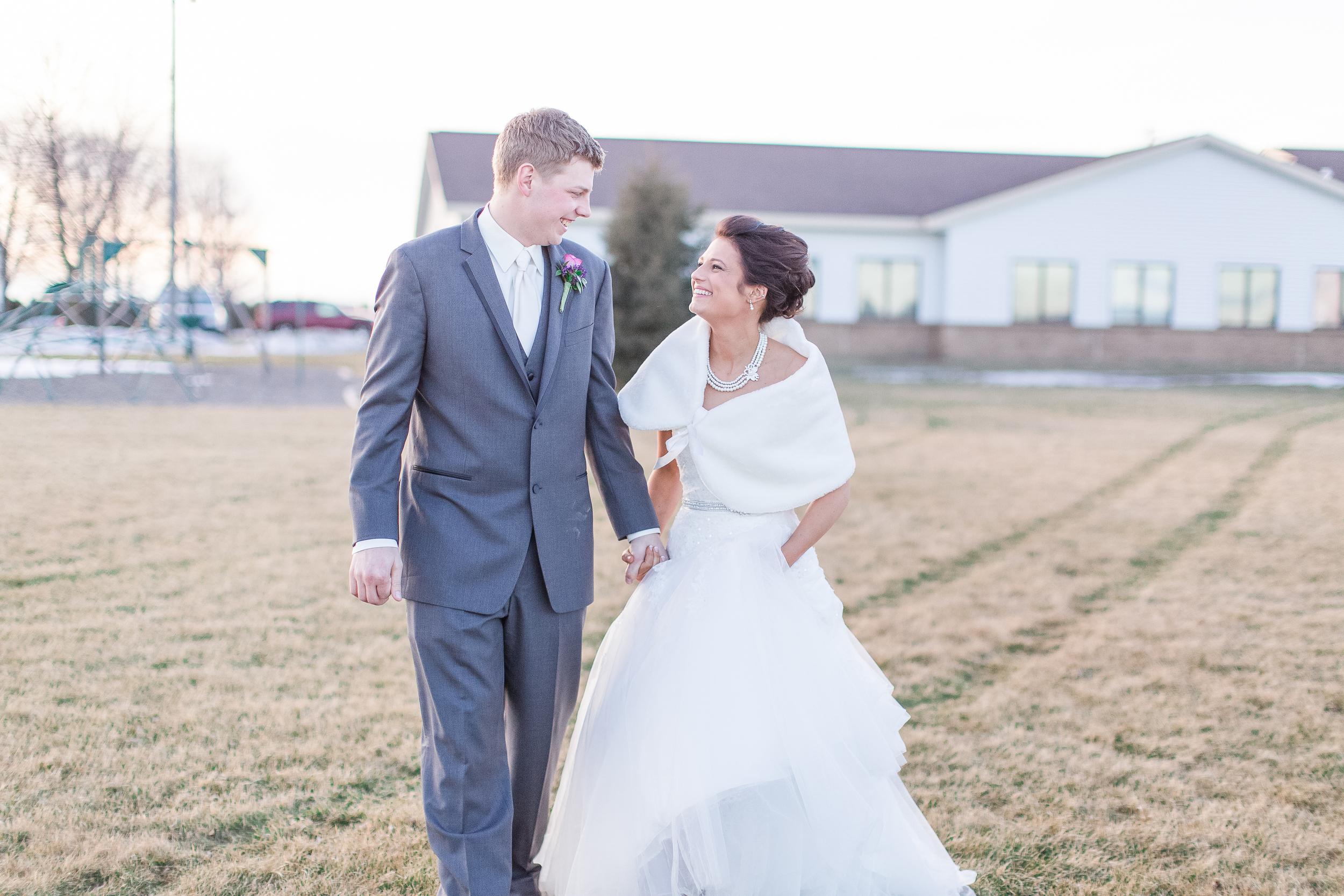 #brideandgroom #mnwedding #winterwedding