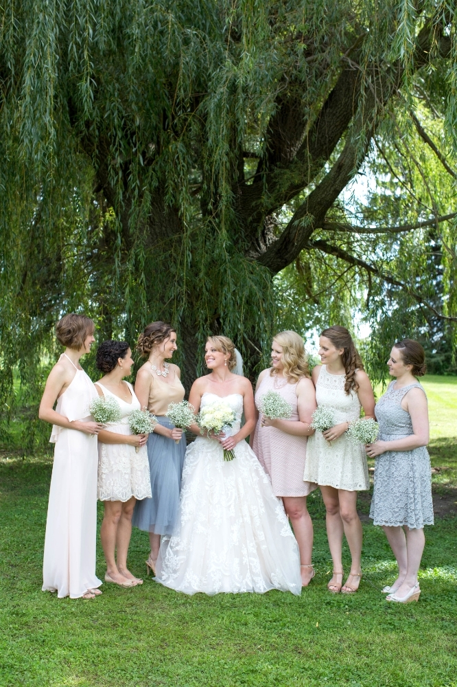 #mnwedding #mnphotographer #countrycharm #brideandgroom #bridalparty