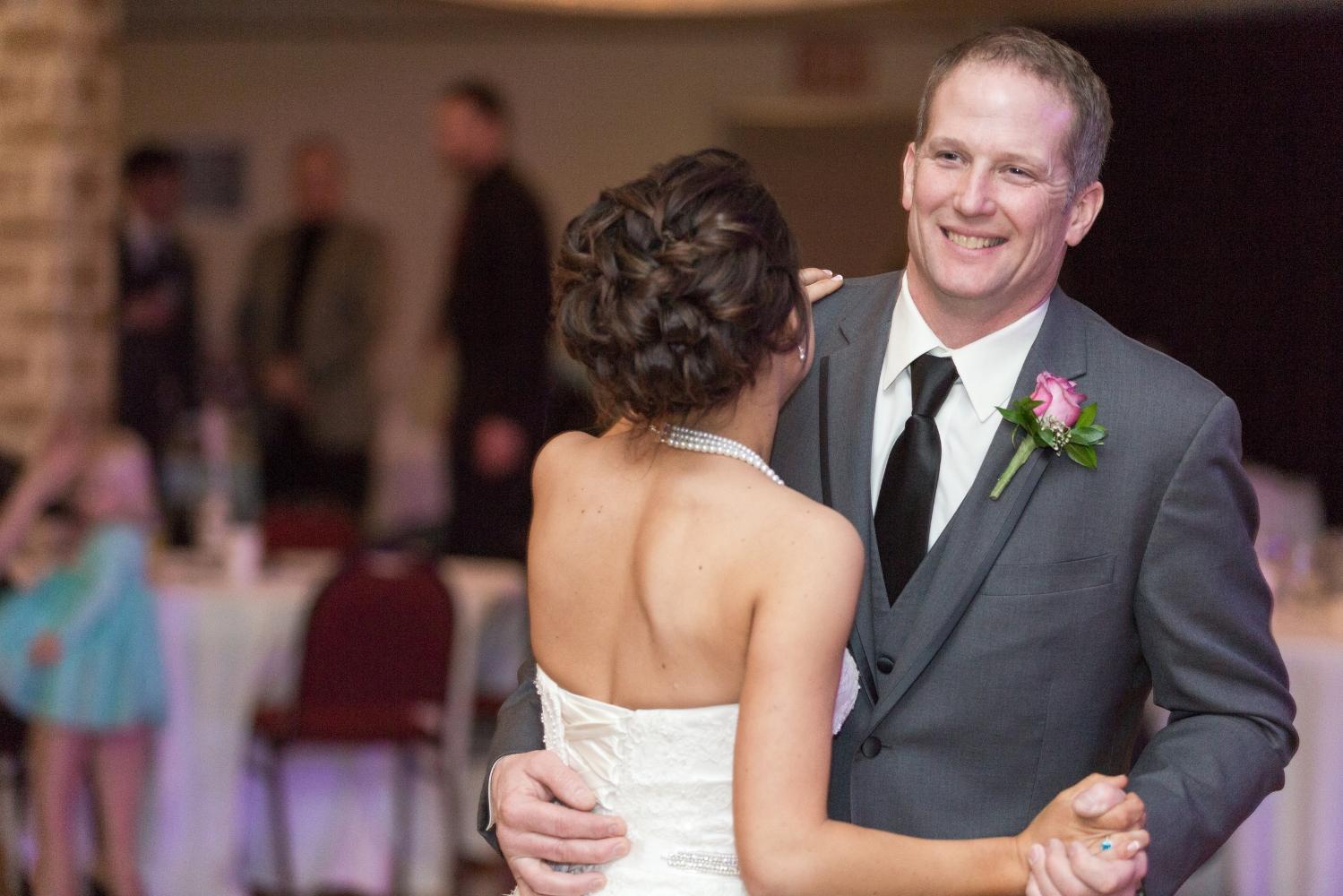#fatherdaughterdance #mnwedding #winterwedding