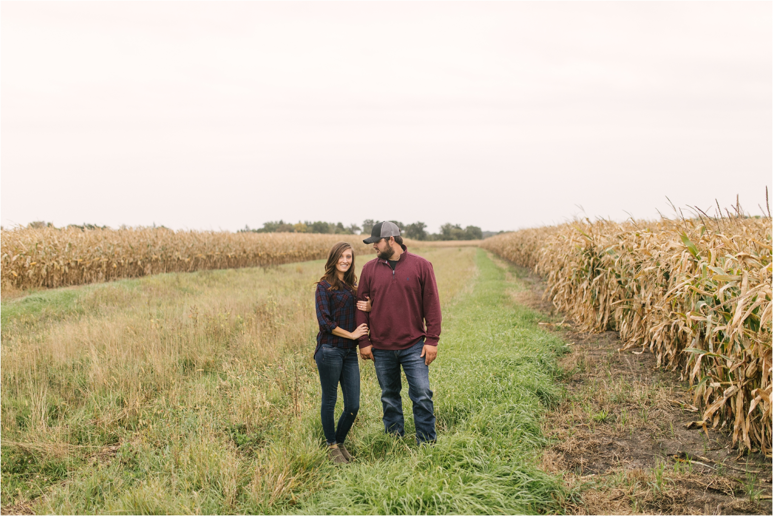 Countryside Engagement Photos_ Minnesota Wedding Photographer_Stephanie Lynn Photography_0069.jpg