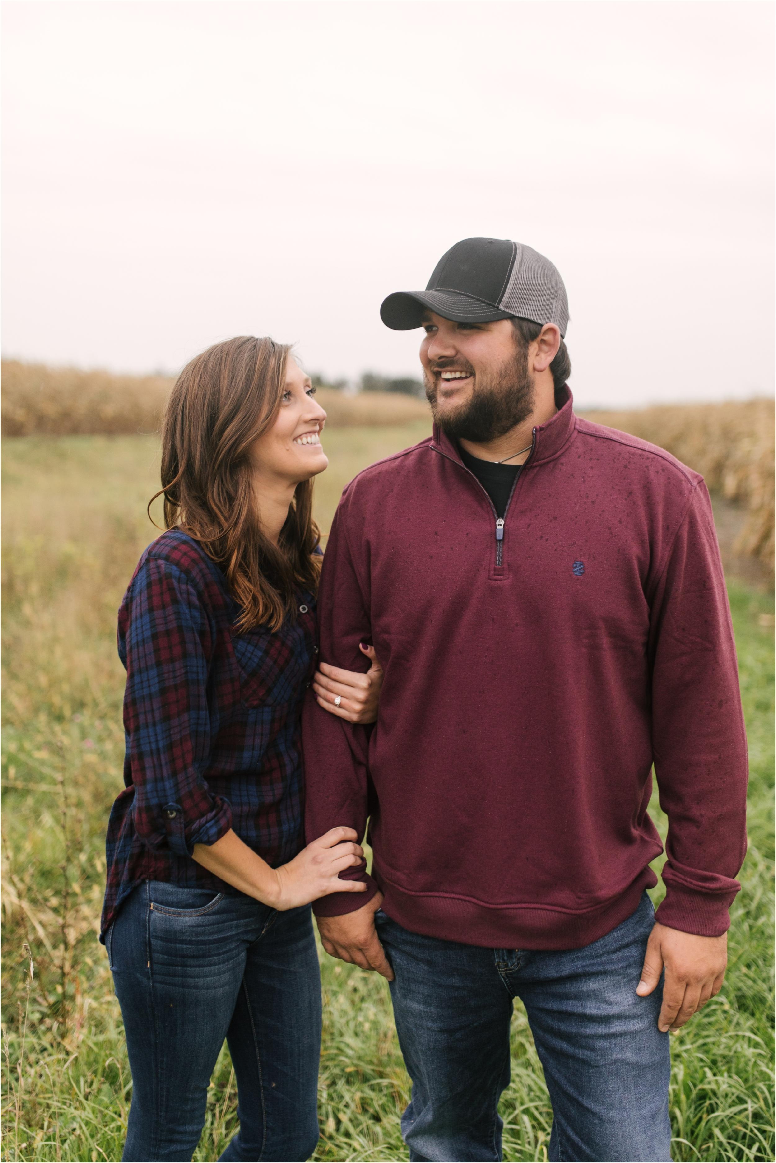 Countryside Engagement Photos_ Minnesota Wedding Photographer_Stephanie Lynn Photography_0071.jpg