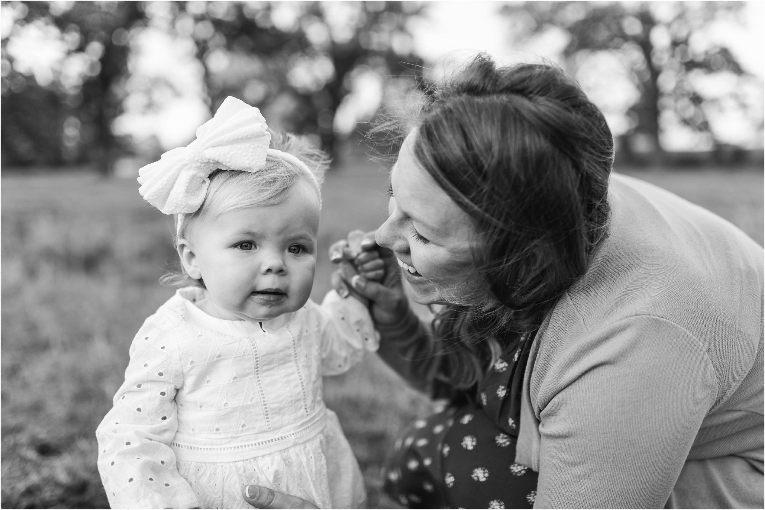 Farm Family Session_Midwest Wedding Photographer_Stephanie Lynn Photography_0090.jpg