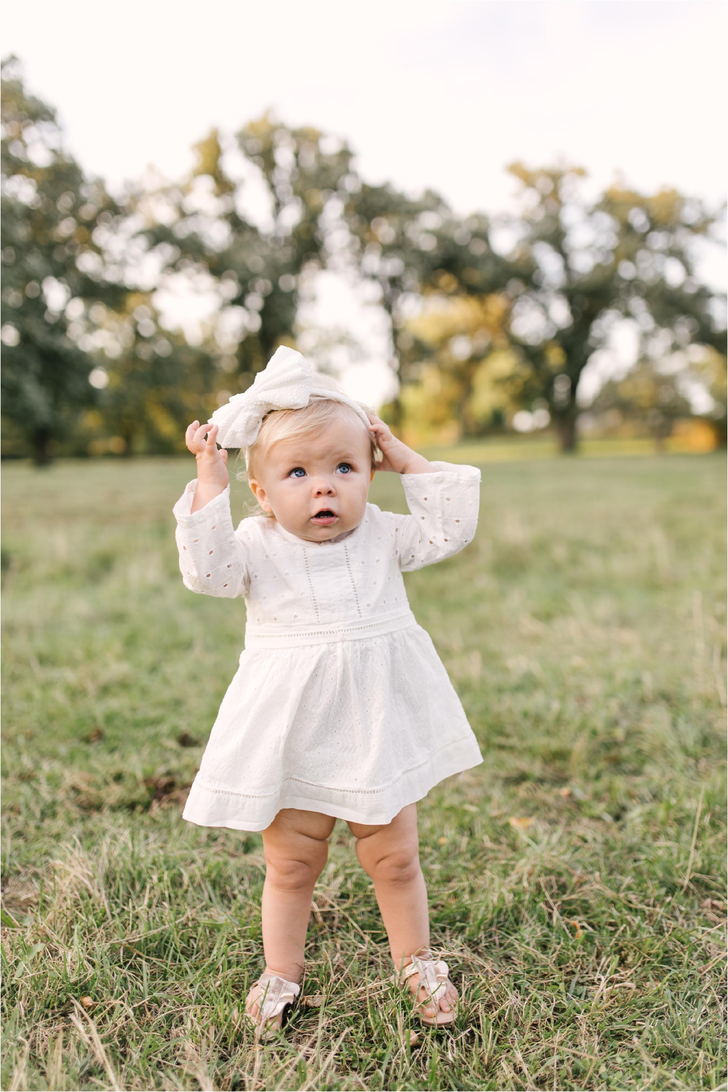Farm Family Session_Midwest Wedding Photographer_Stephanie Lynn Photography_0091.jpg