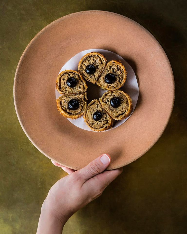 190121 Dish-Suckling pig sausage roll with black garlic.jpg