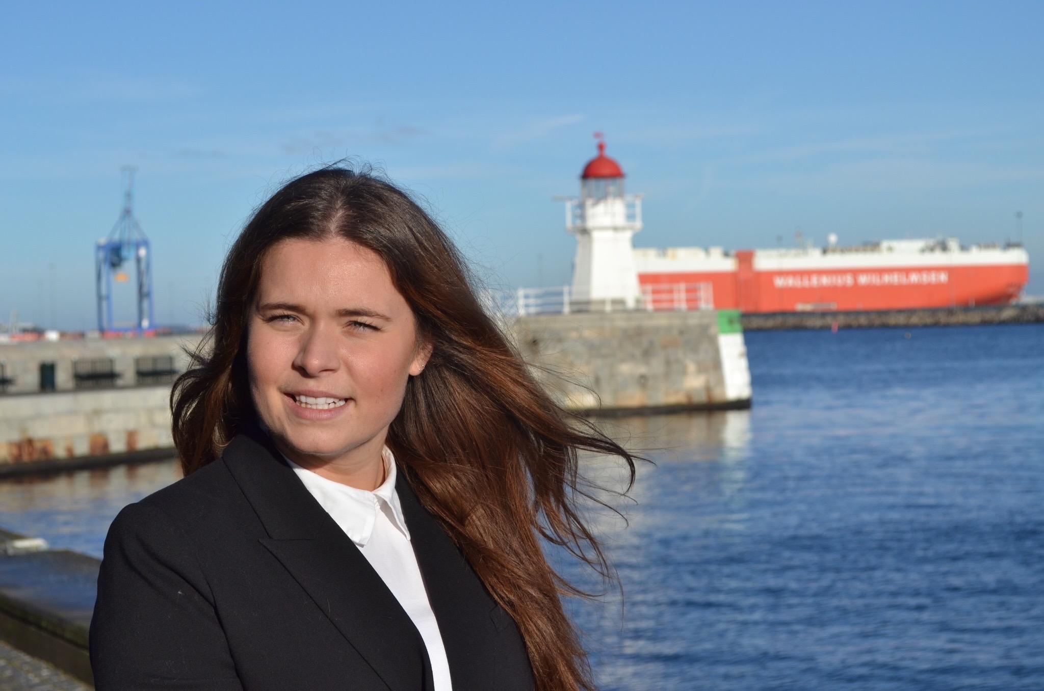 Pernilla bild hemsida .jpg