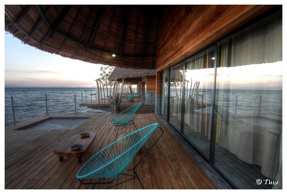 Outdoor Deck with a stunning view L'Heure Bleue Hotel