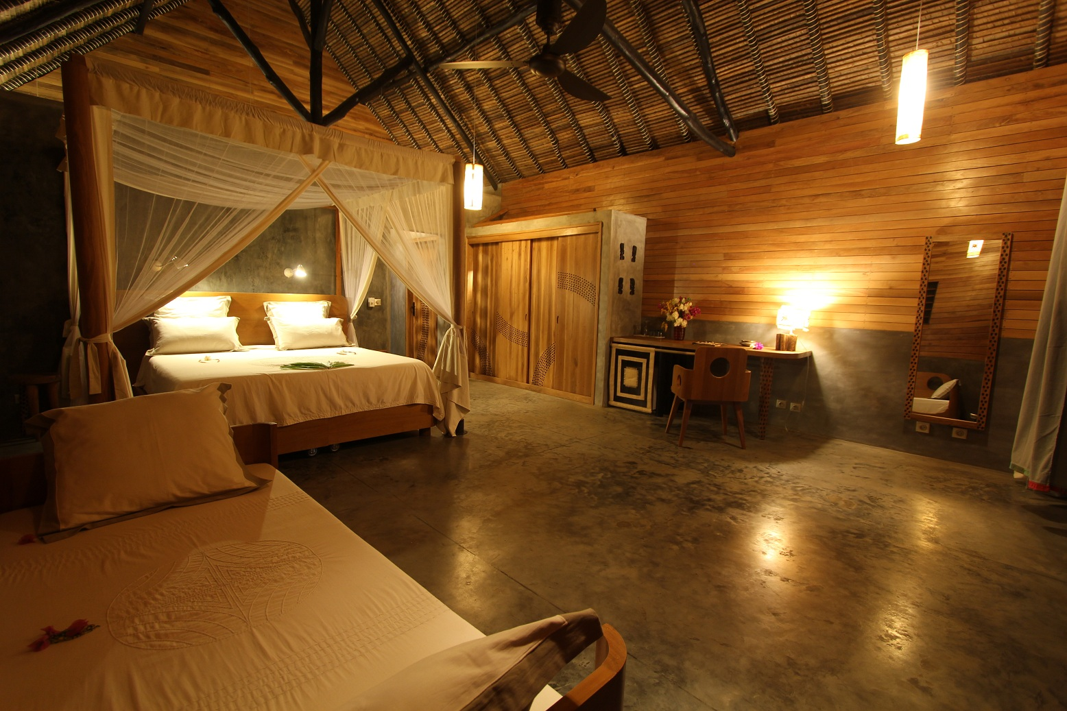 Luxury Rooms at L'Heure Bleue Hotel