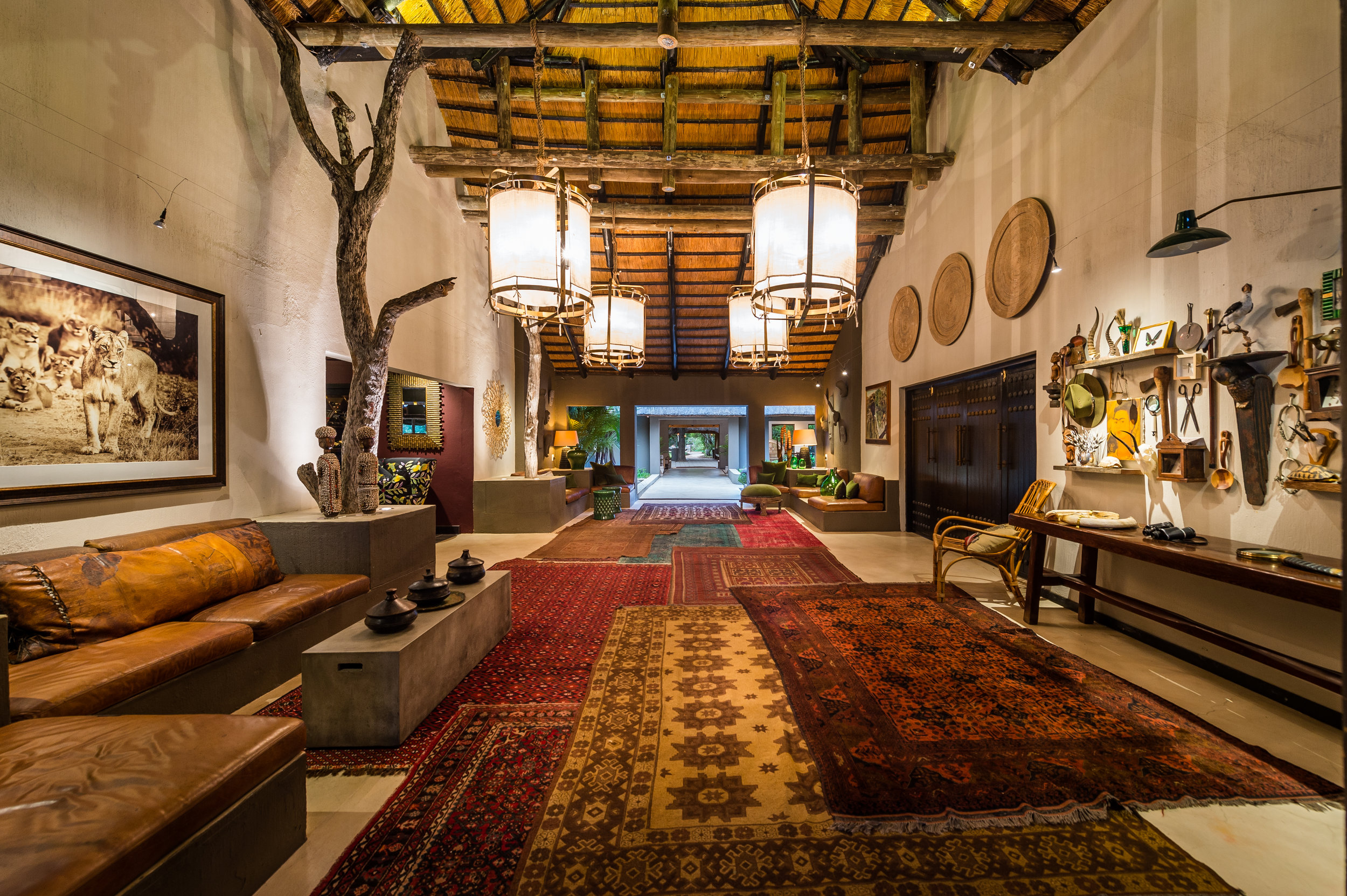 Bush Lodge - Hallway 1.jpg