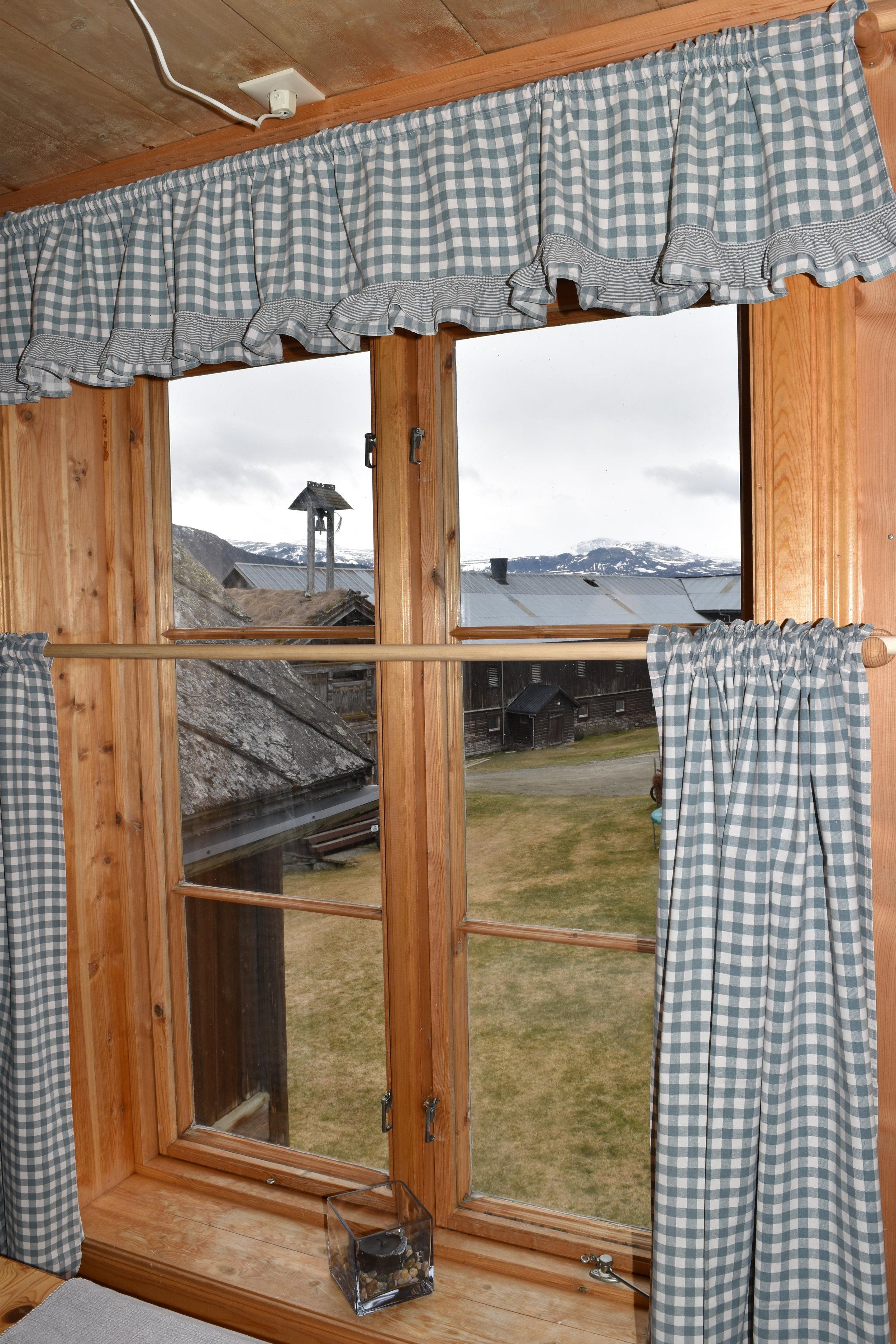 Kjøkken vindu.JPG