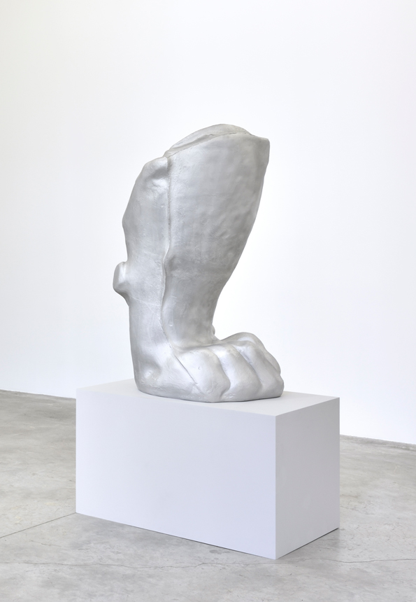 Standing Paw , 2018. aluminum. 50 1/2 x 26 1/2 x 32 in.
