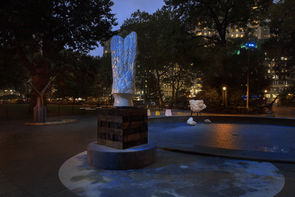 Full Steam Ahead , public installation at Madison Square Park, New York, NY, 2018-19. Photograph by Elizabeth Felicella. Courtesy the artist.
