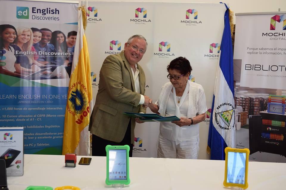 UPONIC - Se llevo a cabo la firma del Convenio Marco entre Mochila Digital y Universidad Popular de Nicaragua (UPONIC), con el objeto de fortalecer la propuesta profesional de sus estudiantes y cuerpo administrativo.Comprometidos con la educación de calidad y poder reducir la brecha digital en Nicaragua en este siglo XXI.