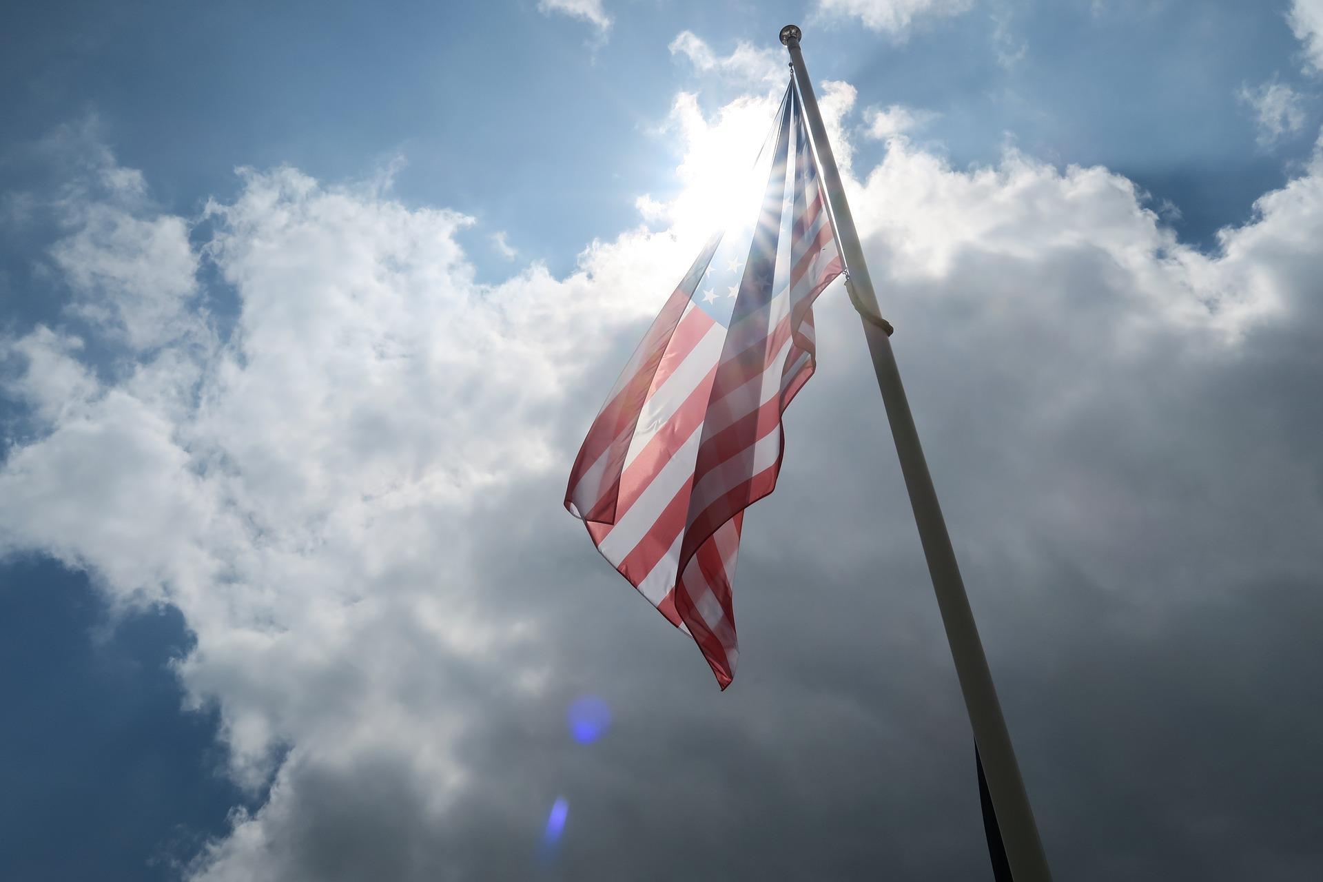 flag-2713652_1920.jpg