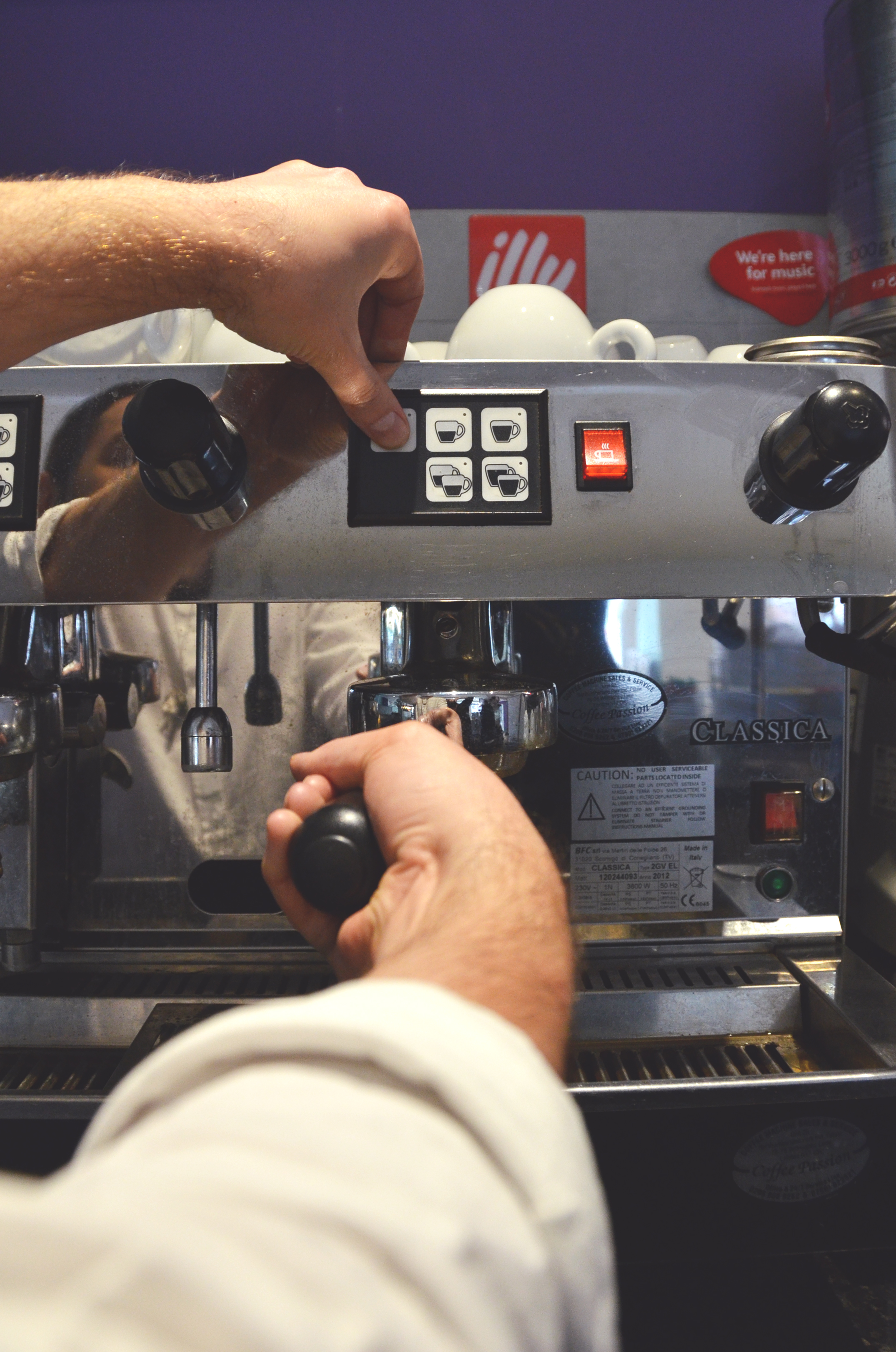 independent cafe coffee machine