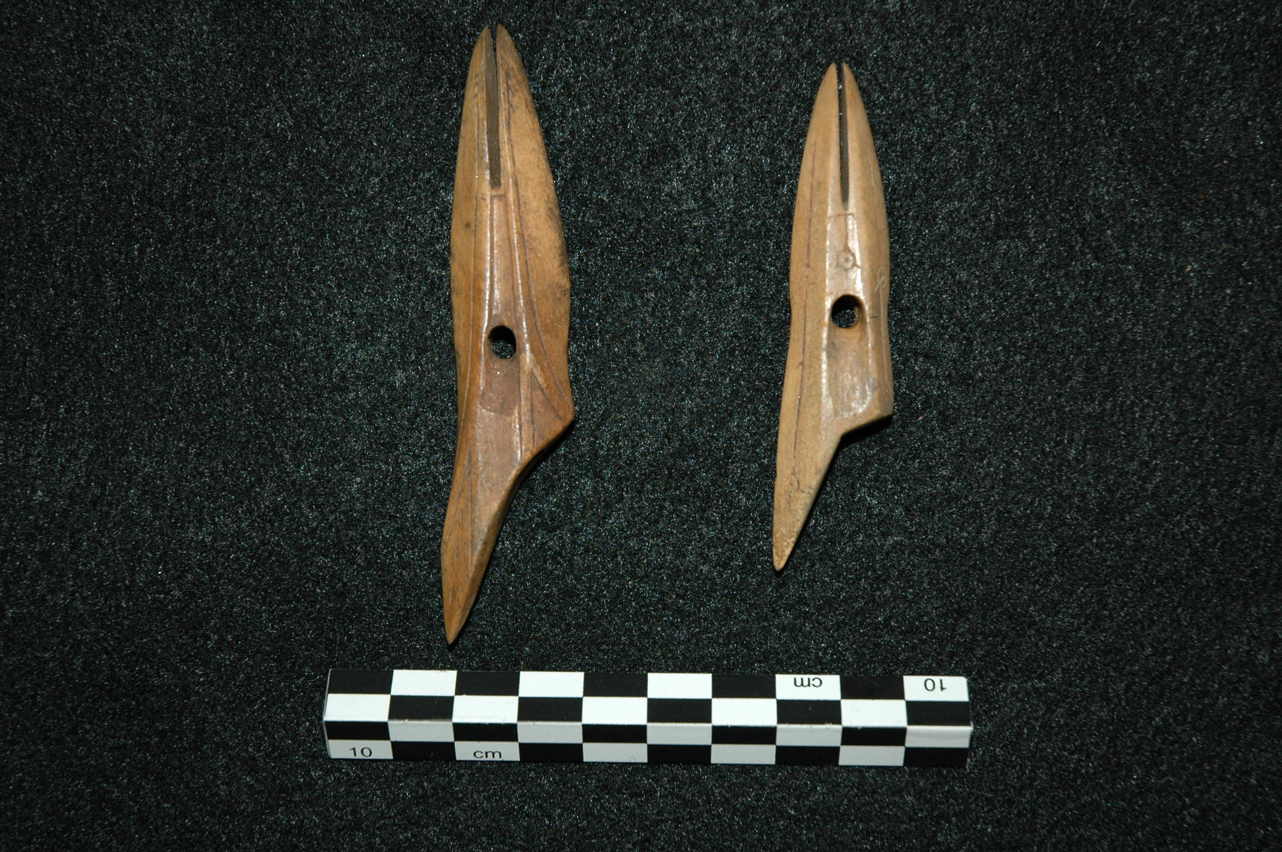Two Toggling Harpoon Heads