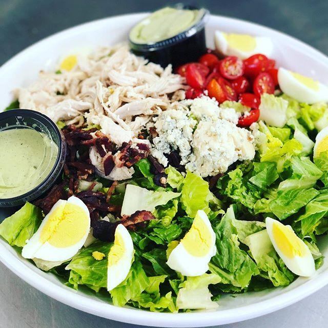 Get your protein on cold days like today! #basalt #aspen #snowmass #salads #protein #eathealthy #eatfresh  #lunch #creperie