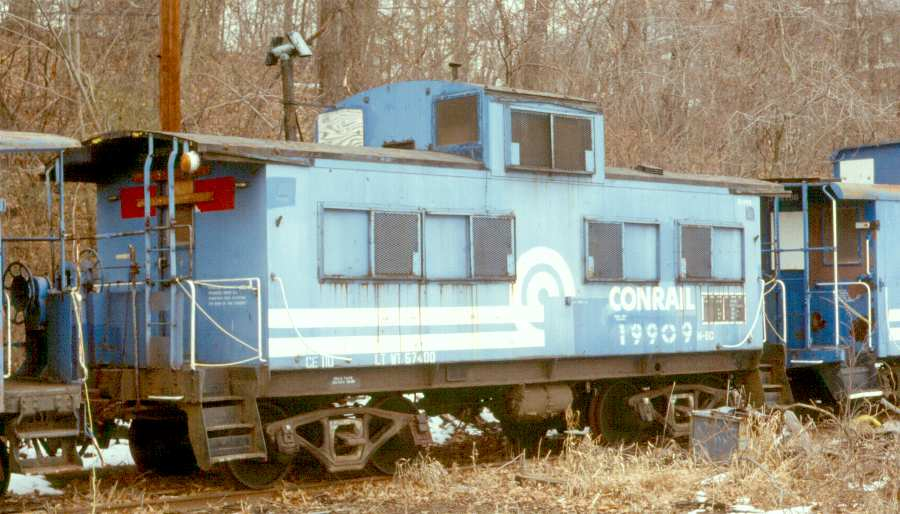 No. 19909 sits in Whippany, NJ in March of 1988, less than two years after Tri-State acquired it from Conrail. (Karl Geffchen photo)