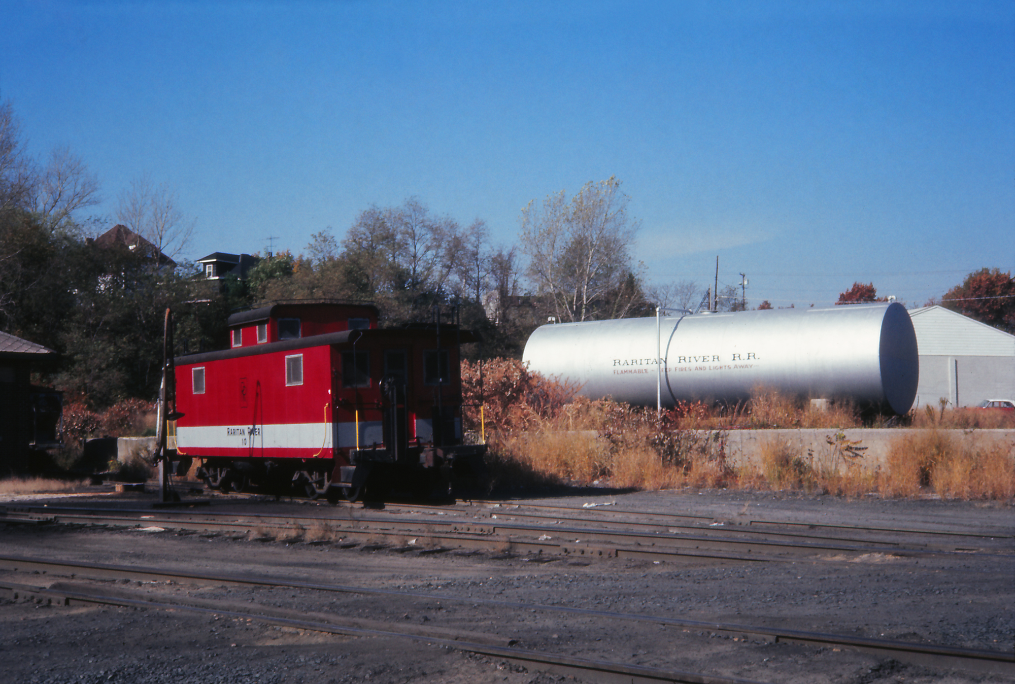 No. 10 at the Raritan River's South Amboy, NJ shop facility on October 28, 1974.  (George Povall photo, Rudy Garbely collection)