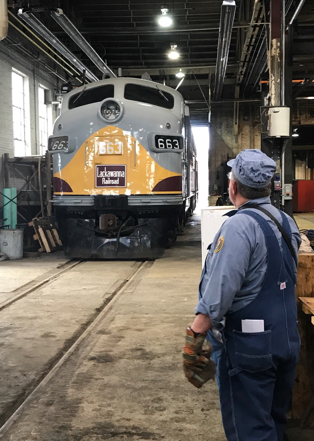Anthracite Railroads Historical Society's 664 is on shop switcher duty as it shoves Tri-State's 663 into the shop.