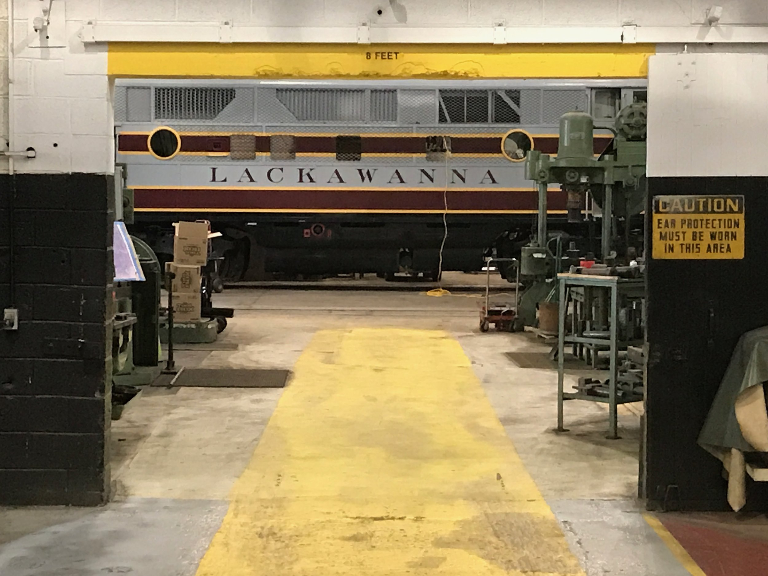 663 shown in Scranton Shops, a facility purpose-built for working on this type of locomotive.