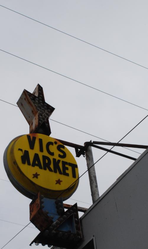 Vic's Market - Snohomish, WA