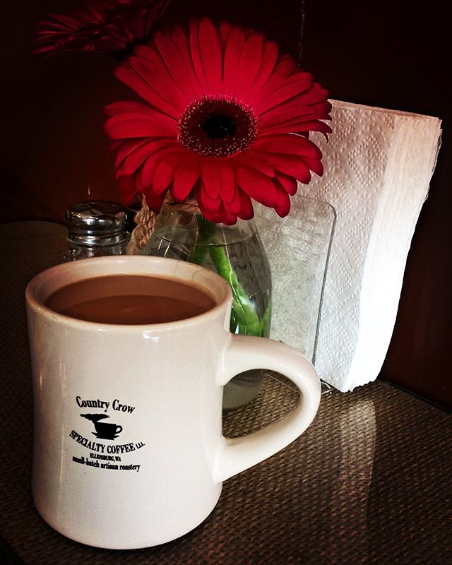 #coffee at @maggies_pantry to keep the #tinytowntravels going!  #nationalcoffeeday #pnw #treatyoself