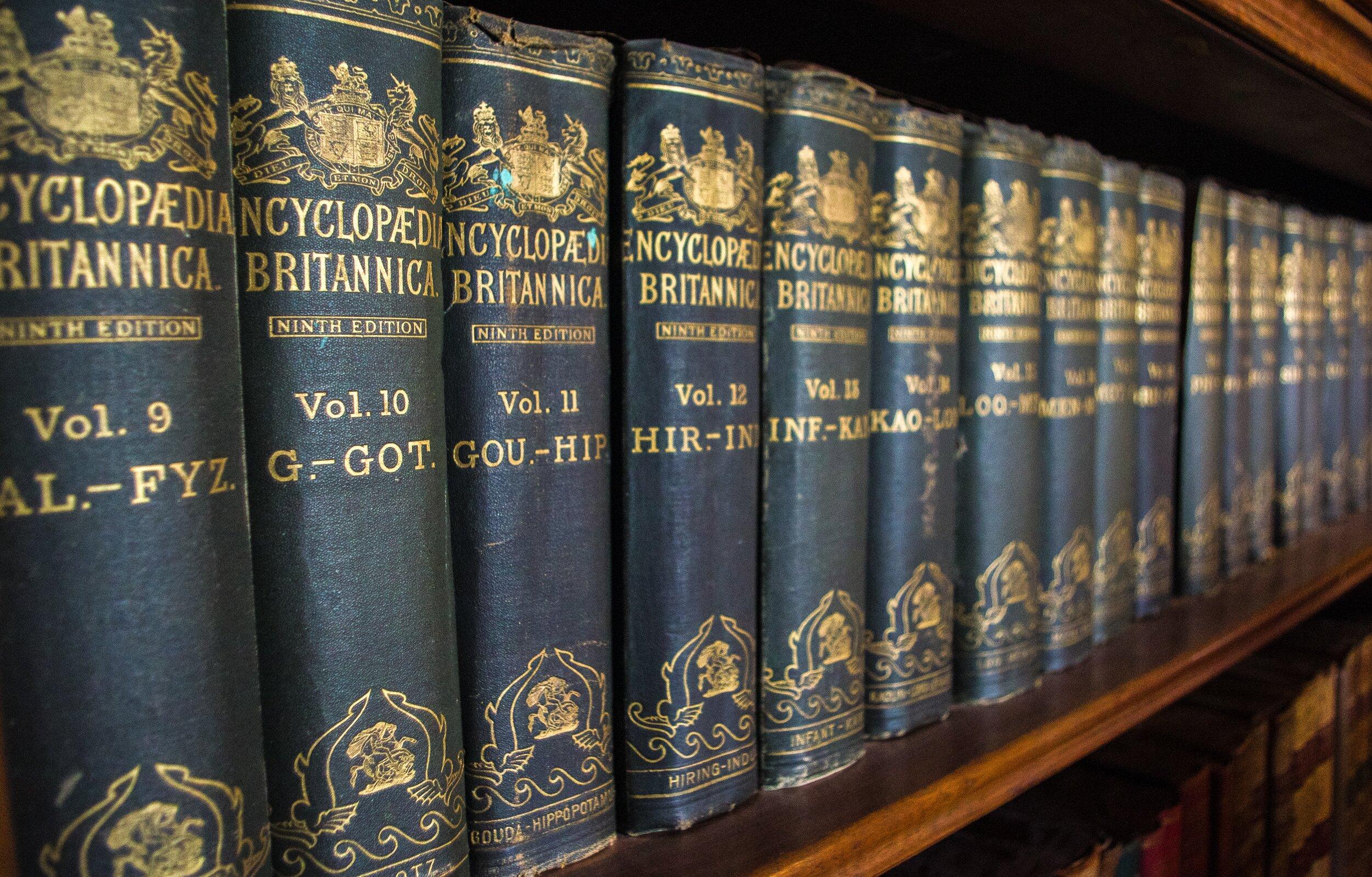 books-3809596.jpg