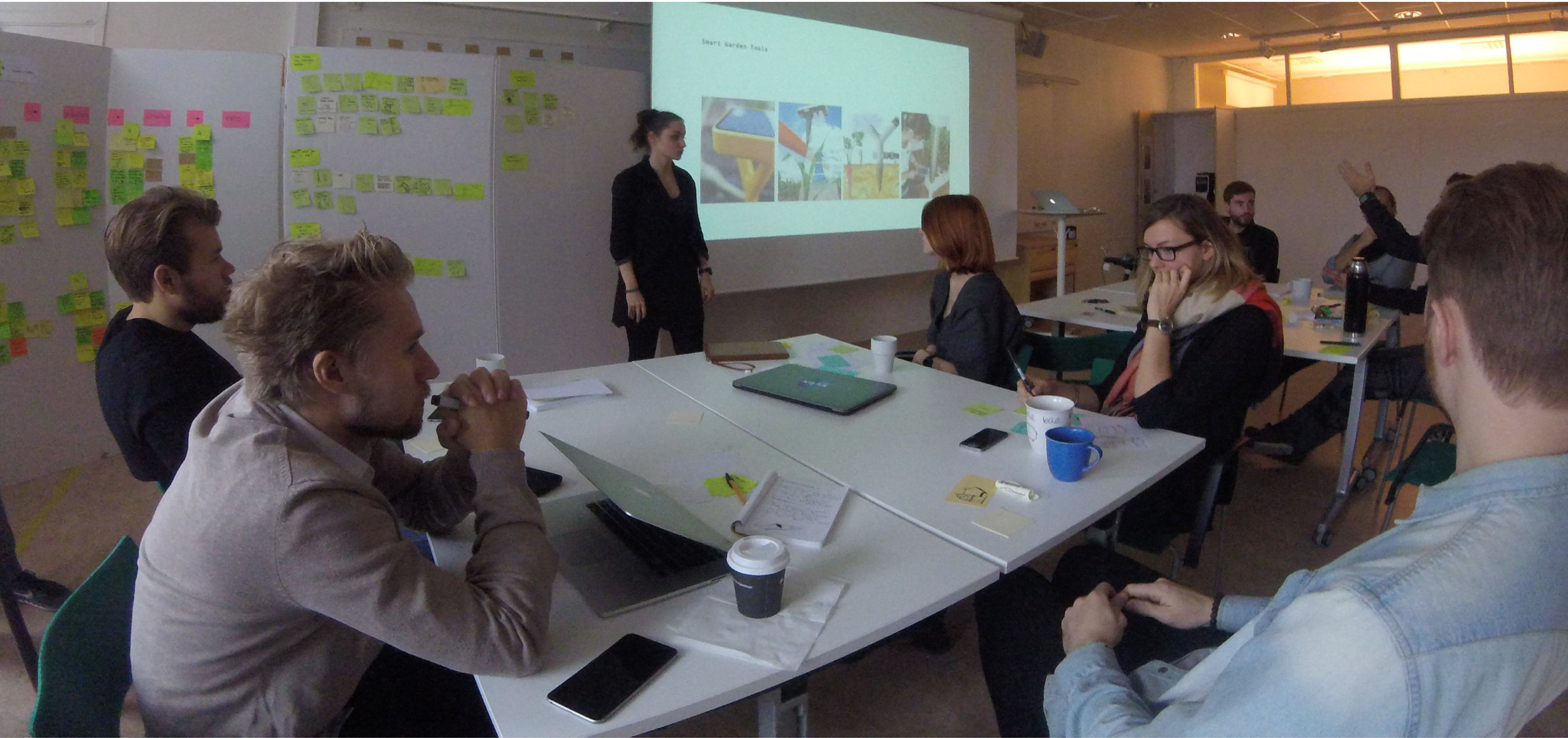 Presentation and brainstorming session with Advanced Product Design students