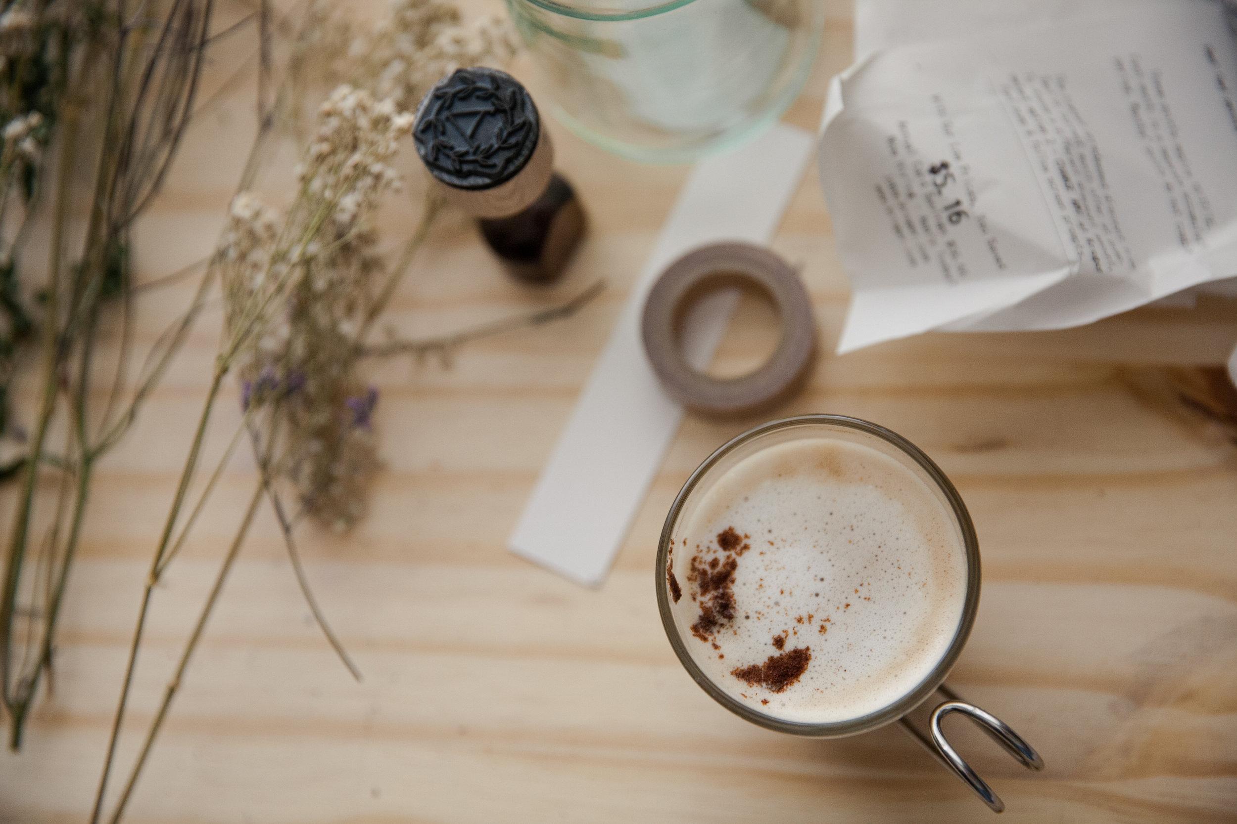 espresso-desk-calligraphy