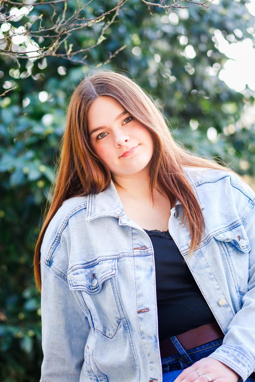 20190316-BrittanyKennon-SeniorPortraits-JCArboretum-85.jpg