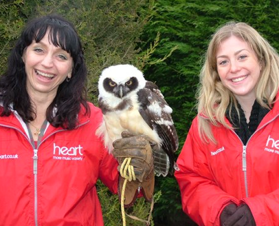 The girls from Heart Radio joined us for the day, dispensing daffodils and goodwill to visiting Mums